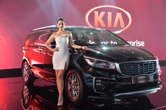 THE AUTO EXPO IS BEING HELD IN DELHI. THE EXTENSIVE STAND WAS PREPARED BY KOREAN KIA